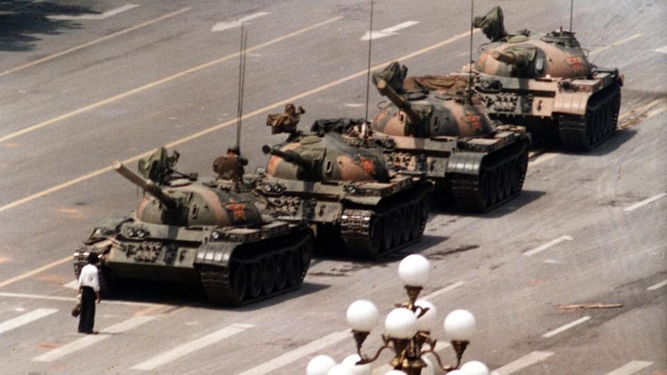 """Notiz - Teilnahme an BarCamp """"bittedanke"""" - Diskussion über Design-Ethik - 30. Jahrestag des Tiananmen-Massakers"""